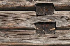 木乡间别墅老的墙壁 库存图片