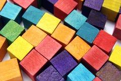 木五颜六色的多维数据集 免版税库存图片