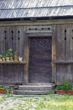 木传统罗马尼亚房子 免版税库存图片