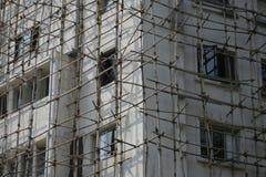 木传统脚手架在孟买印度 免版税库存照片