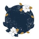 木兰传染媒介圆的框架 与木兰的葡萄酒手拉的例证在破旧的深刻的蓝色背景开花,发芽并且离开 库存照片