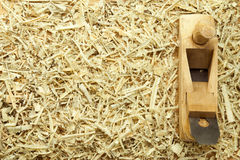 木匠平面s锯木屑 库存图片