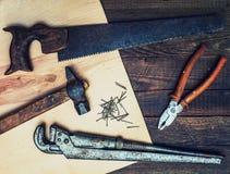 木匠的老葡萄酒工具 库存图片