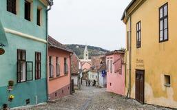 木匠街道在老城Sighisoara在罗马尼亚 免版税库存图片