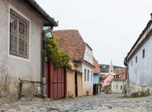 木匠街道在老城Sighisoara在罗马尼亚 图库摄影