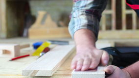 木匠铺沙的木头 影视素材
