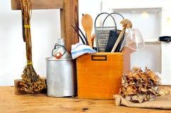 木厨房老的工具 免版税图库摄影