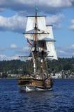木双桅船,华盛顿,在华盛顿湖的风帆夫人 库存照片
