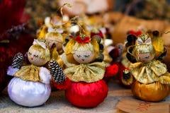 木圣诞树天使装饰 免版税库存图片