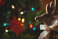 木圣诞节驯鹿特写镜头  免版税库存图片