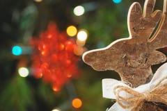 木圣诞节驯鹿特写镜头  库存图片
