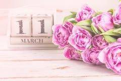 木块与母亲节日期, 3月11日 免版税库存照片
