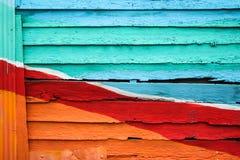 木墙壁五颜六色为背景 免版税图库摄影