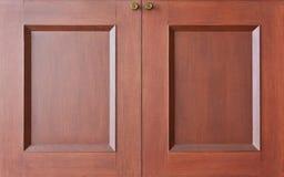 木壁橱的门 库存图片