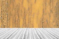 木大阳台和木头纹理 免版税库存图片