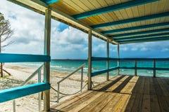 木大阳台在撒丁岛 库存图片