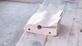 木头空白玩具汽车制造的  股票视频