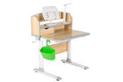 木学校桌,绿色basketand台灯 免版税库存照片