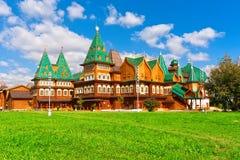 木宫殿在俄罗斯 库存图片