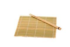 木对在白色背景的筷子 免版税库存图片