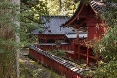 木寺庙在日光 免版税库存图片