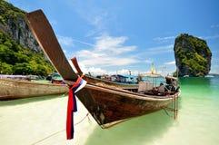 木小船。 免版税库存图片
