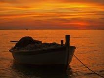 木小船的捕鱼 库存图片