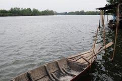 木小船 免版税库存照片