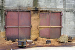 木尘土在工厂 图库摄影