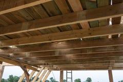 木屋的建筑 免版税库存图片