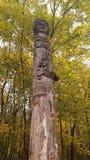 木异教的雕象 免版税库存图片