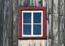 木房子土气的视窗 库存照片