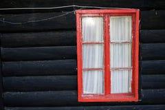 木房子老的视窗 免版税图库摄影
