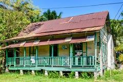 木房子,利文斯通,危地马拉 库存照片