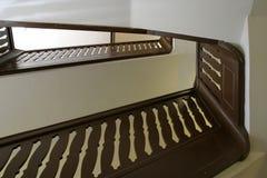 木抽象的楼梯栏杆 免版税库存照片