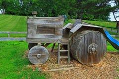 木拖拉机模型 免版税图库摄影