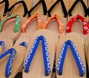 木日本的拖鞋 免版税图库摄影
