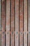 木机柜的视窗 免版税库存照片