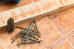 木材加工和辅助部件,装饰工作的木头 库存图片