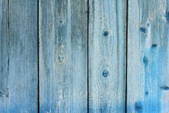 木板条背景老被绘在蓝色,强破旧,出于颜色 库存照片
