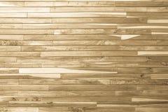 木板条褐色木头全部仿古被风化的破裂的家具 库存图片