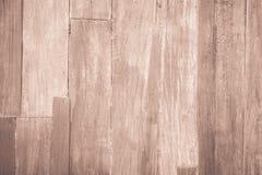 木板条褐色木头全部仿古被风化的破裂的家具 免版税库存图片