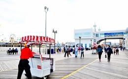木板走道在大西洋城, NJ 图库摄影
