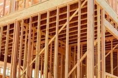 木框架新住宅家庭建设中 库存照片