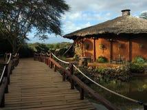 木桥梁的小屋 库存图片