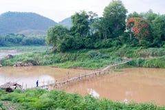 木桥梁,老挝 免版税库存照片