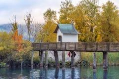 木桥,圣詹姆斯,湖瑞士苏黎士方式  免版税库存图片