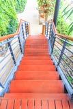 木楼梯 免版税库存图片