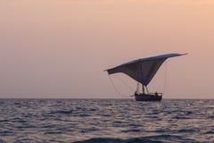 木渔夫小船 库存图片