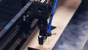 木激光切割机工作 4K 影视素材